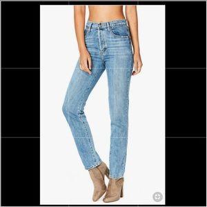 NWOT CARMAR Slim Jeans 29